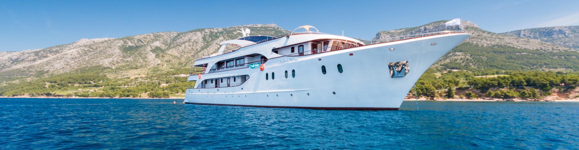 barca a motore Deluxe nave da crociera MV Admiral