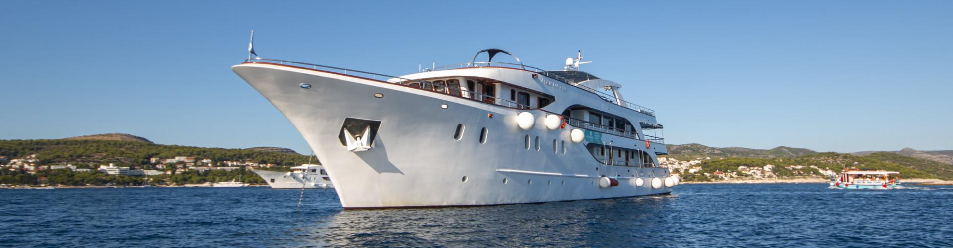 2017. Deluxe nave da crociera MV Aquamarin