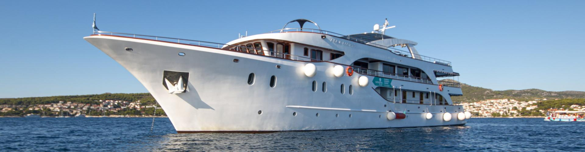 barca a motore Deluxe nave da crociera MV Aquamarin