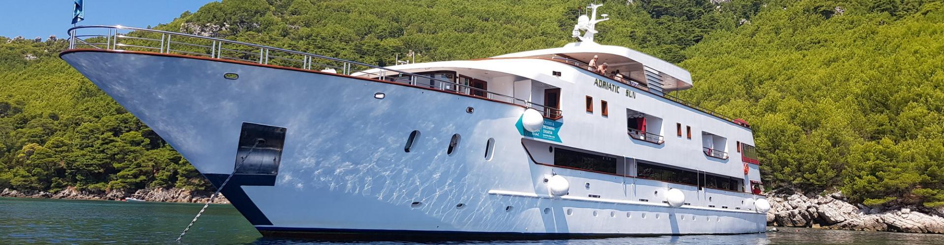 2018. Deluxe Superior nave da crociera MV Adriatic Sun