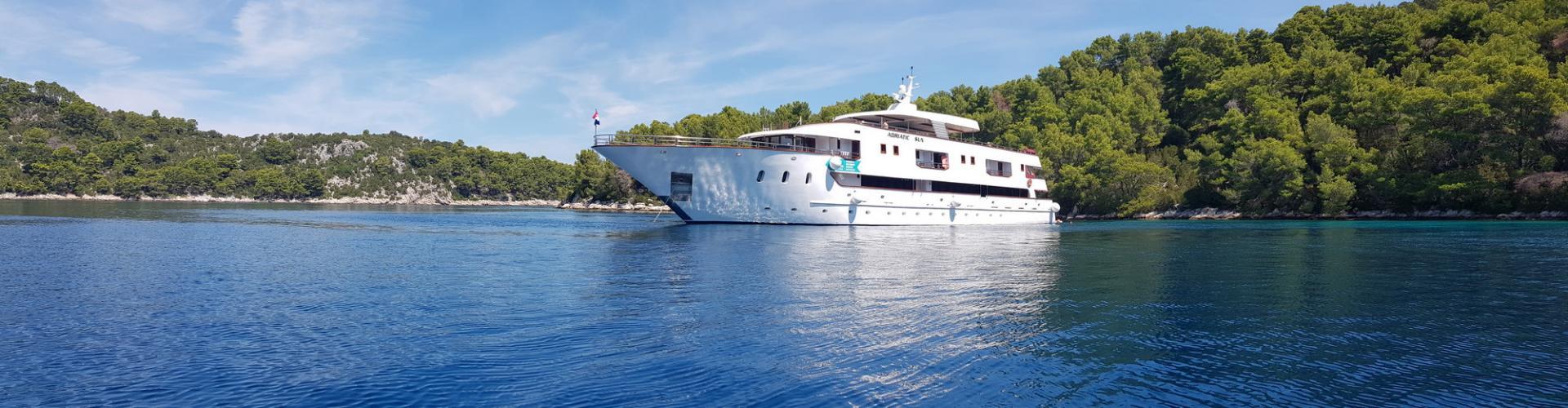 barca a motore Deluxe Superior nave da crociera MV Adriatic Sun