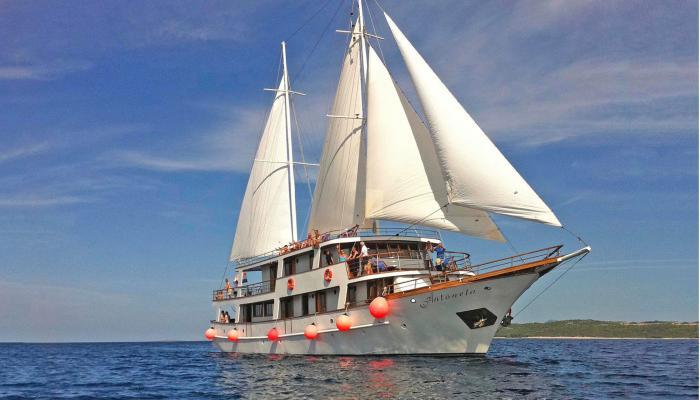 Premium nave da crociera MV Antonela