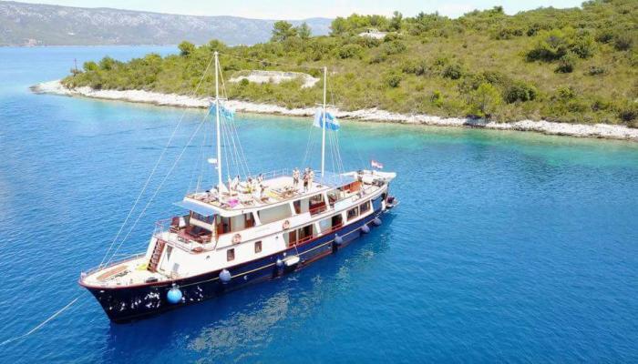 Premium nave da crociera MV Leonardo