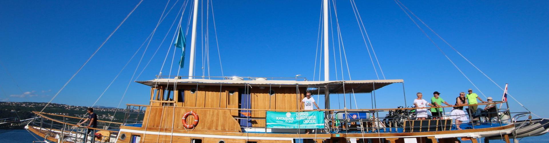Nave da crociera tradizionale Dalmatinka- motoveliero in legno