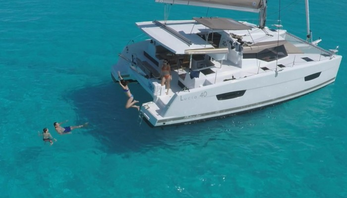 Fountaine Pajot Lucia 40 2016