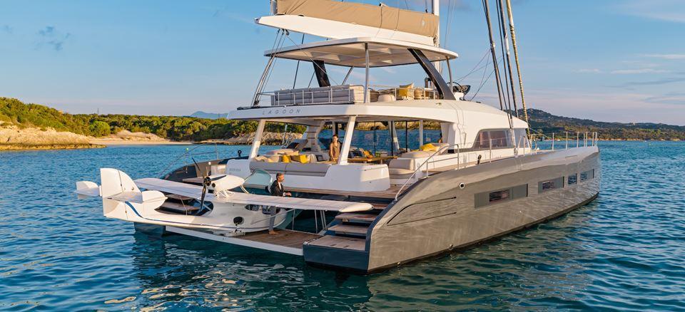 catamarano Lagoon Seventy 7