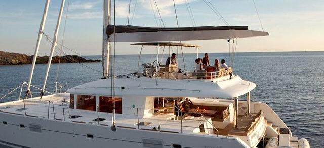 2012. Lagoon 560