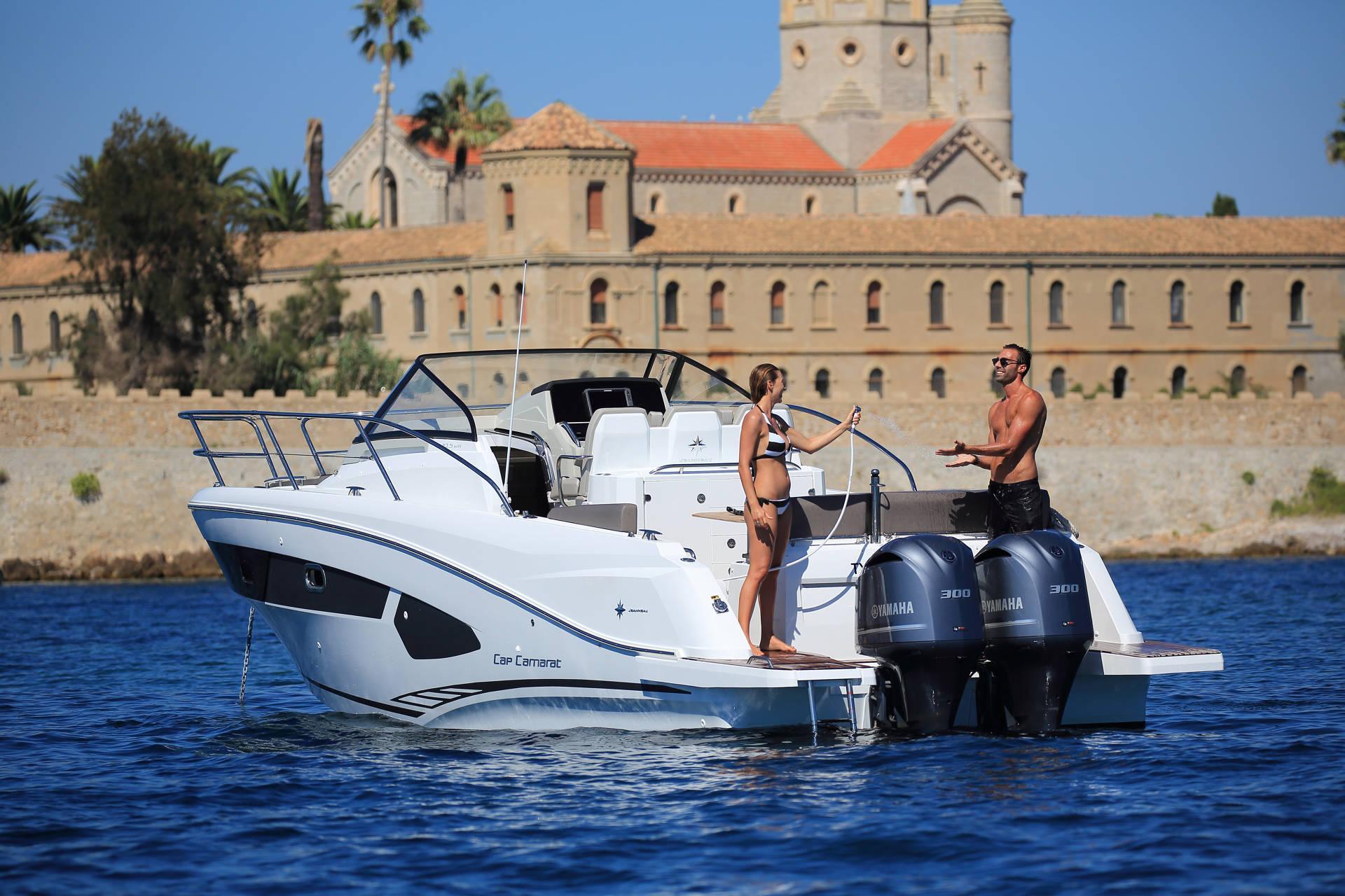 barca a motore Cap Camarat 10.5 WA
