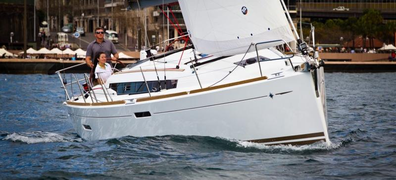 barca a vela Sun Odyssey 379