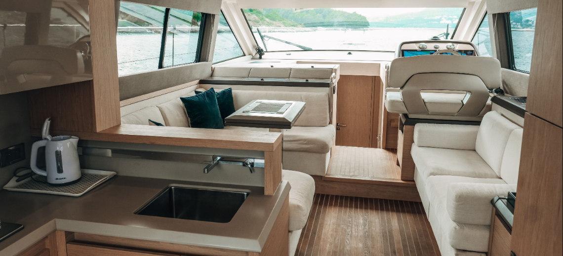 barca a motore Monte Carlo 5
