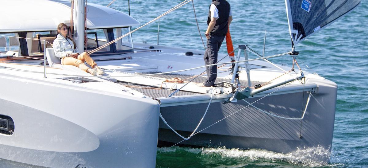 catamarano PRES- E11-21-G