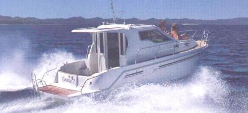 barca a motore SAS Vektor 950
