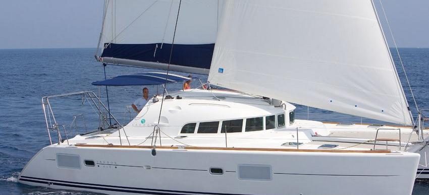 catamarano Lagoon 410 S2