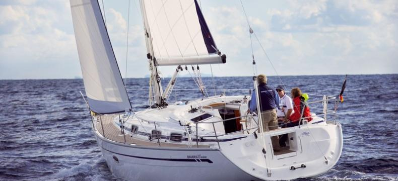 2007. Bavaria 37 Cruiser