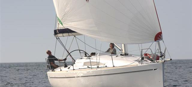 barca a vela Elan 340