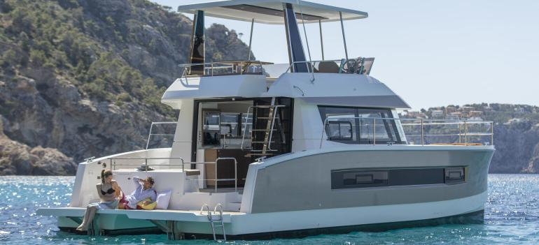 barca a motore Fountaine Pajot MY 37