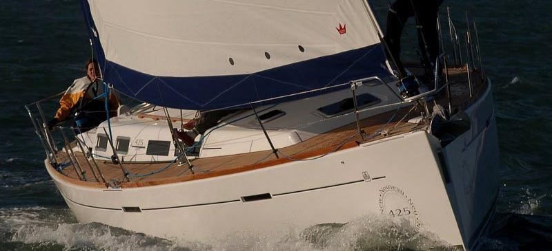 barca a vela Dufour 425