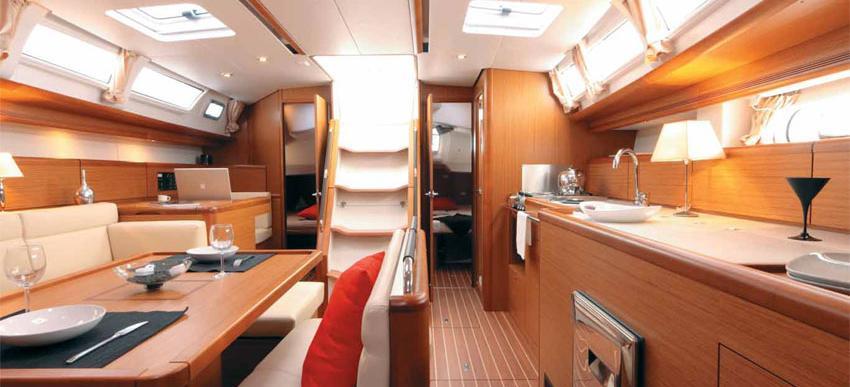 barca a vela Sun Odyssey 44i
