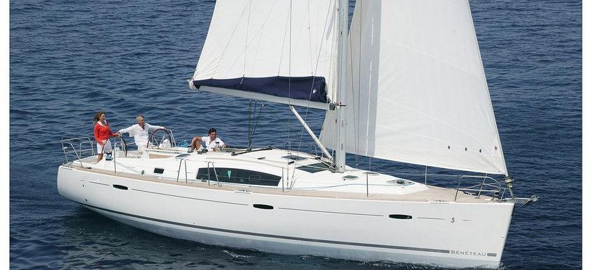 barca a vela Oceanis 43
