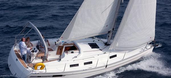 2011. Bavaria Cruiser 32