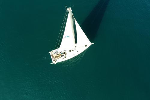 Foto gratuiti di barca a vela hanse 505 a noleggio for Deckplan com piani di coperta gratuiti