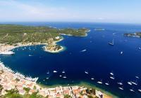 Navigando verso l'Isola di Vis - Il Mediterraneo di un tempo... Promesso!