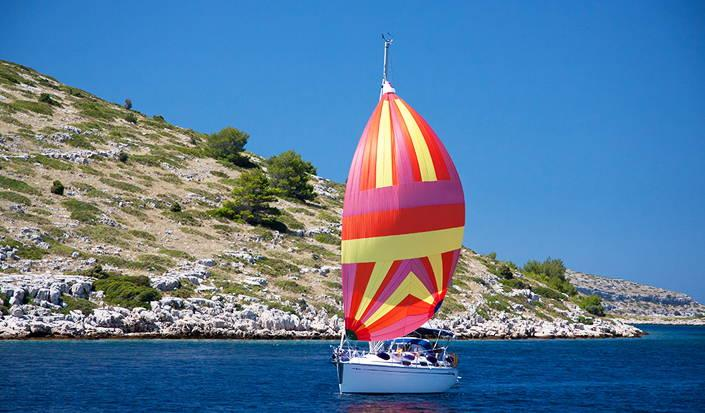Perchè dovreste prenotare una vacanza in barca a vela in Croazia la prossima estate