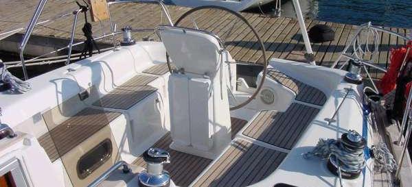 barca a vela Bavaria 42 ( 3 cab. )