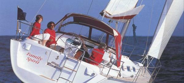 barca a vela Oceanis 393