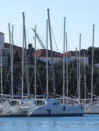 Catamarani in noleggio