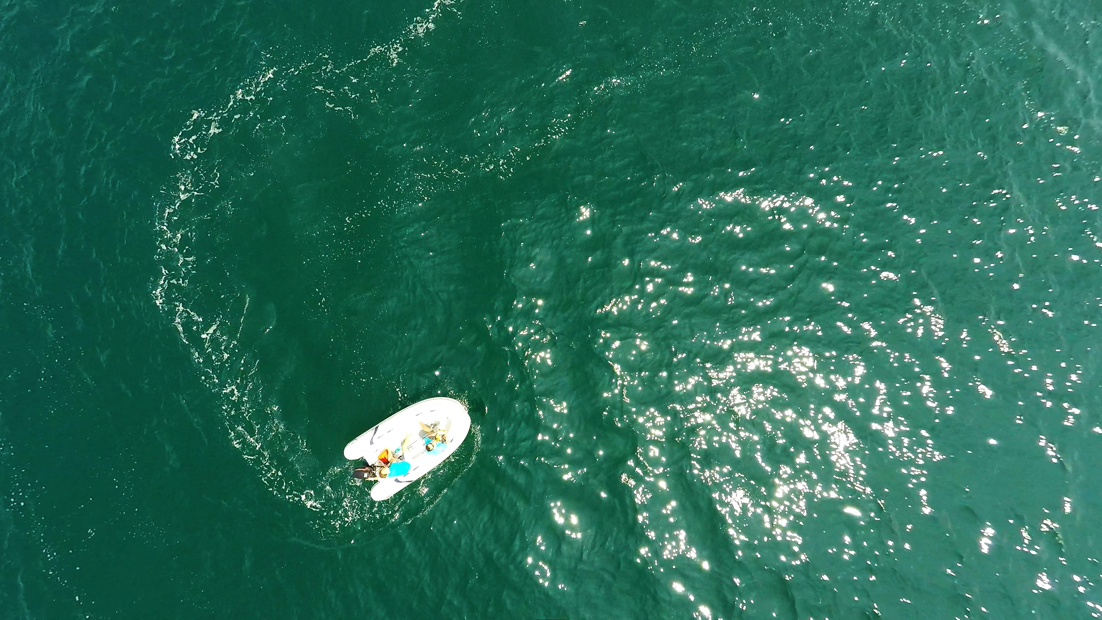 foto aerea gommone tender rubber al mare
