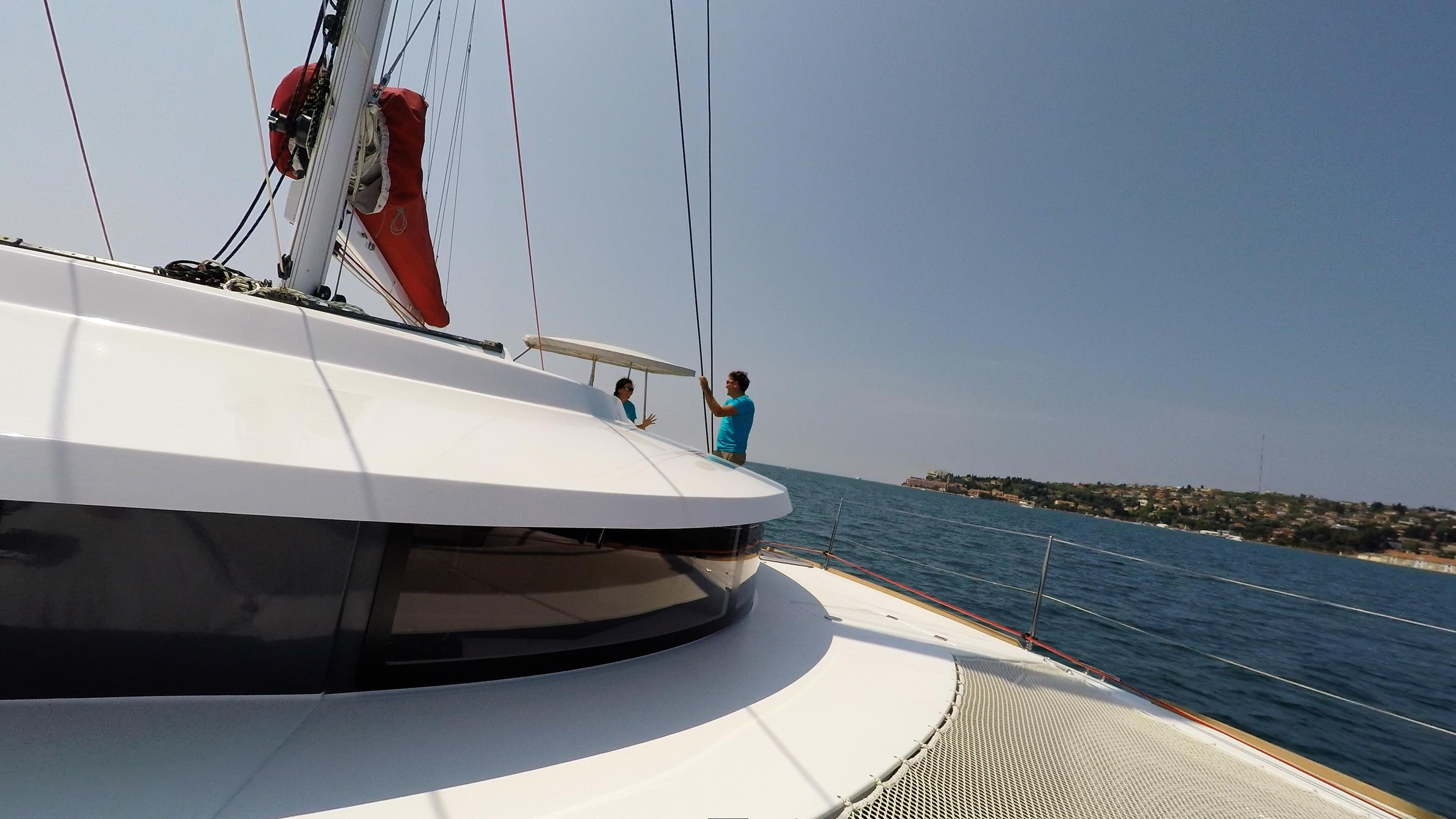 coperta salon neel 45 trimarano barca a vela