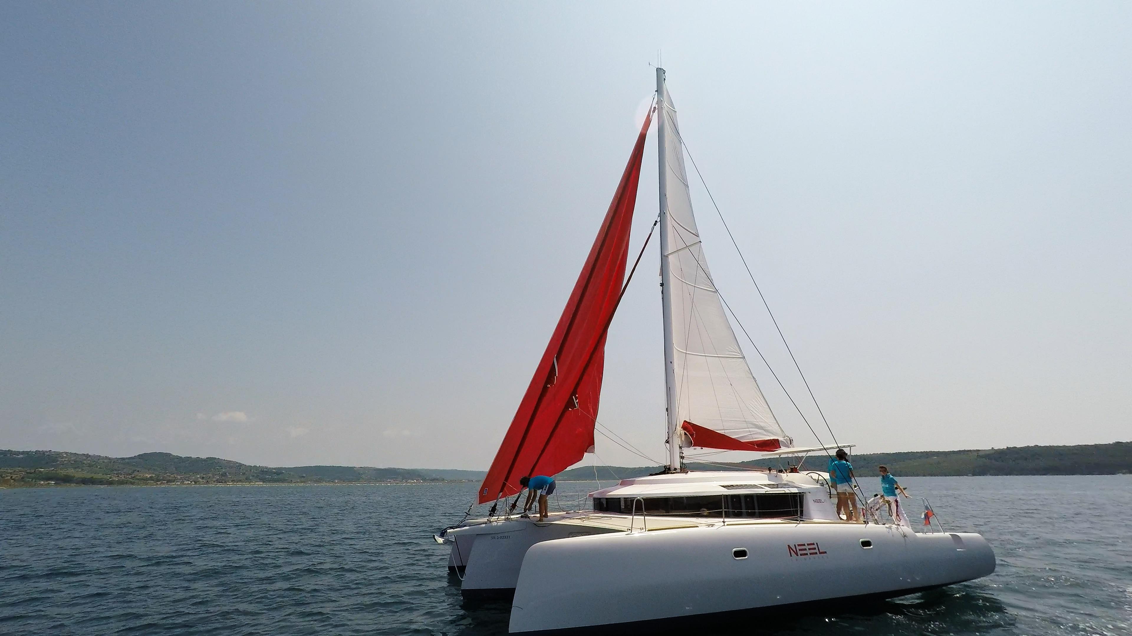 hoisting gennaker vela sul neel 45 multiscafo yacht