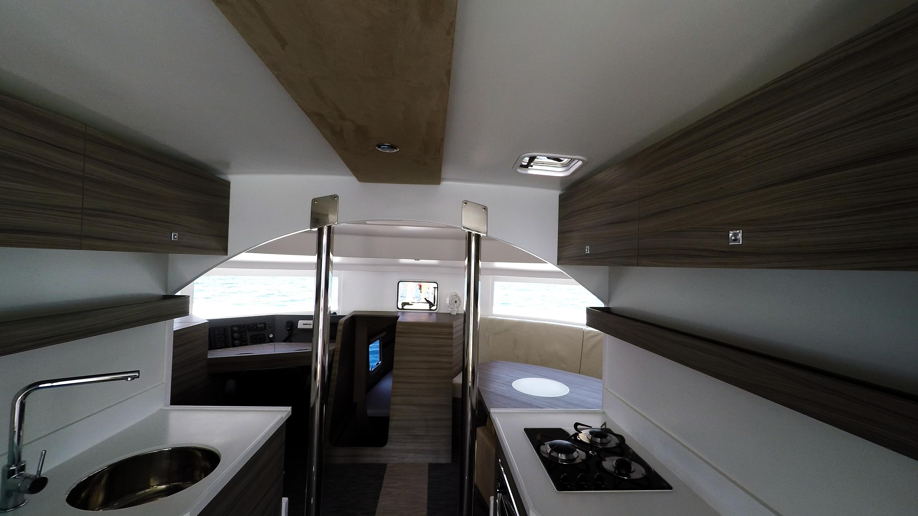 interiore neel 45 trimarano noleggio yacht