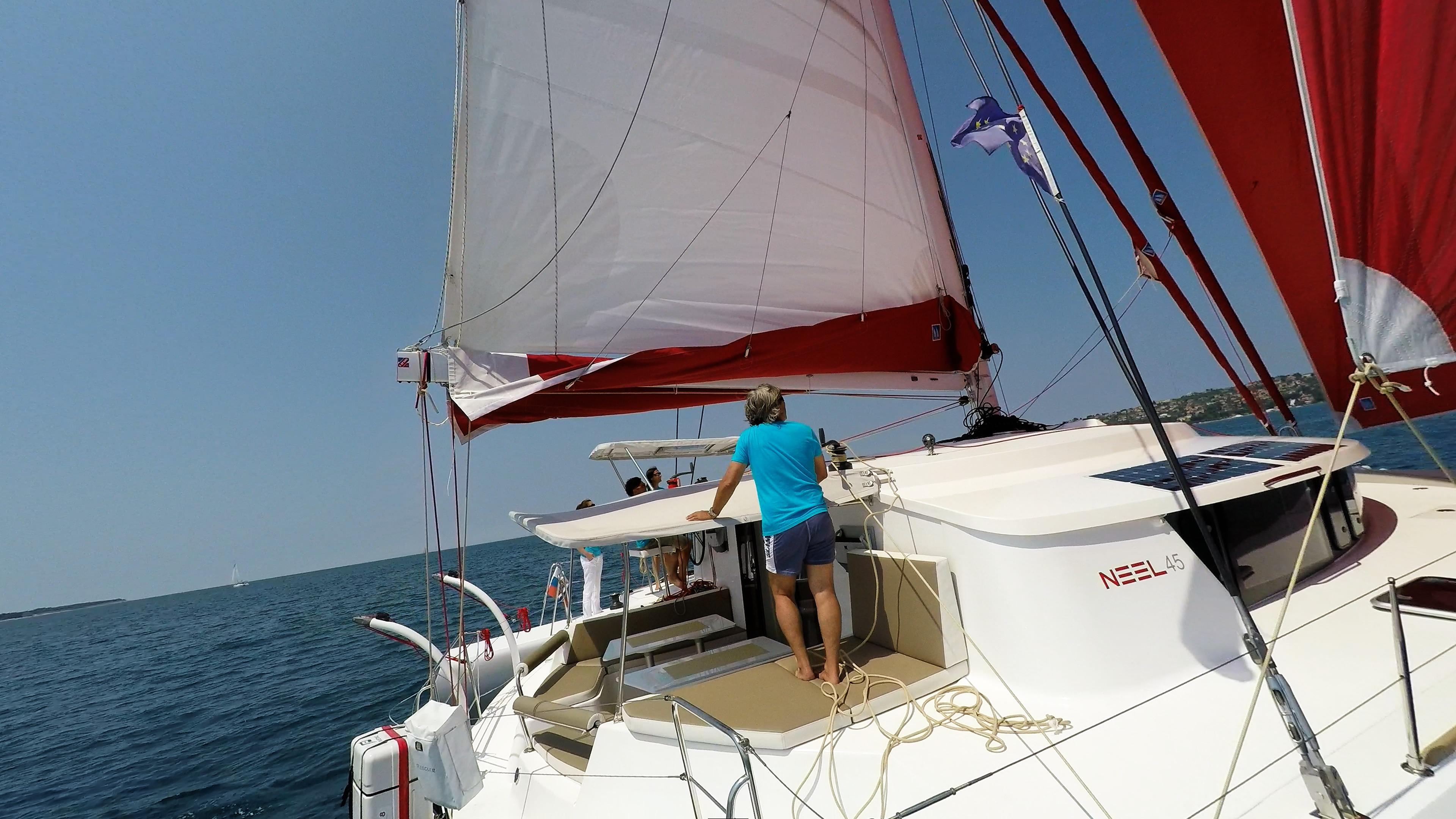 neel 45 cockpit barca a vela