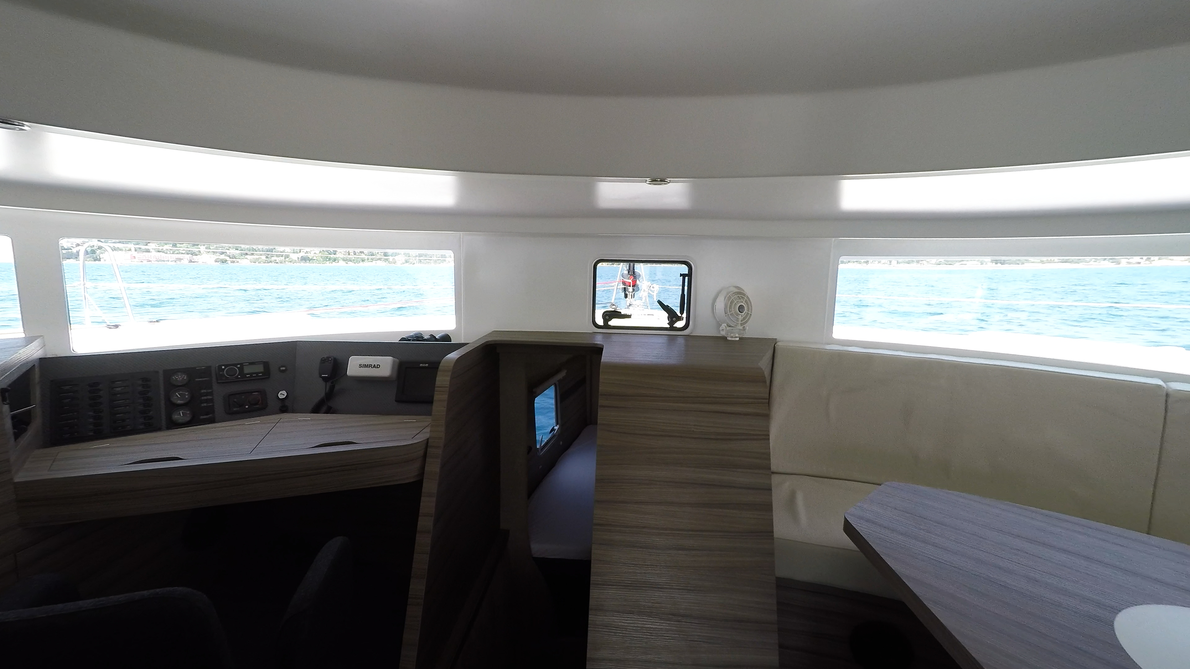 salone neel 45 trimarano noleggio yacht 2