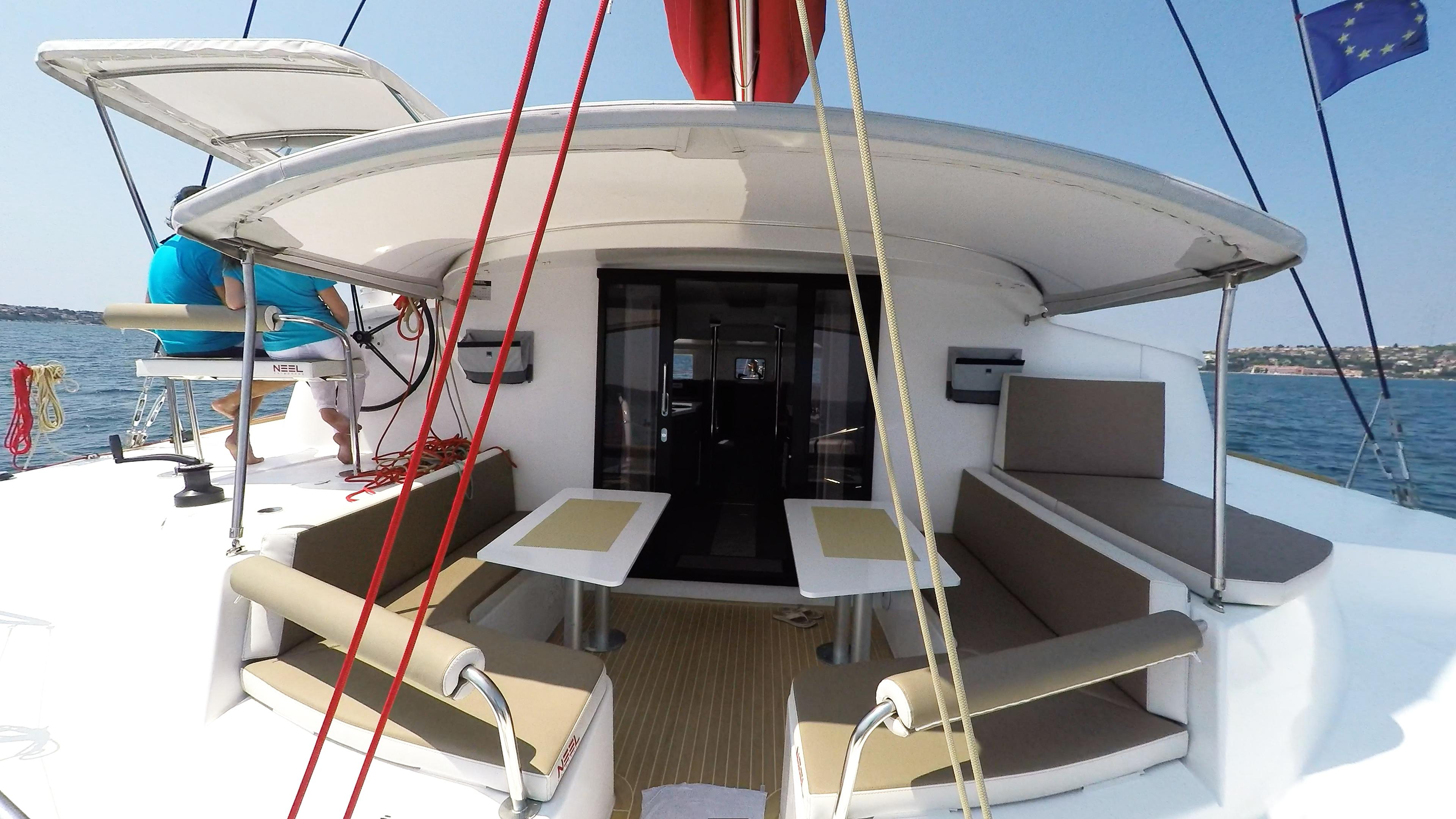 poppa cockpit trimarano yacht neel 45