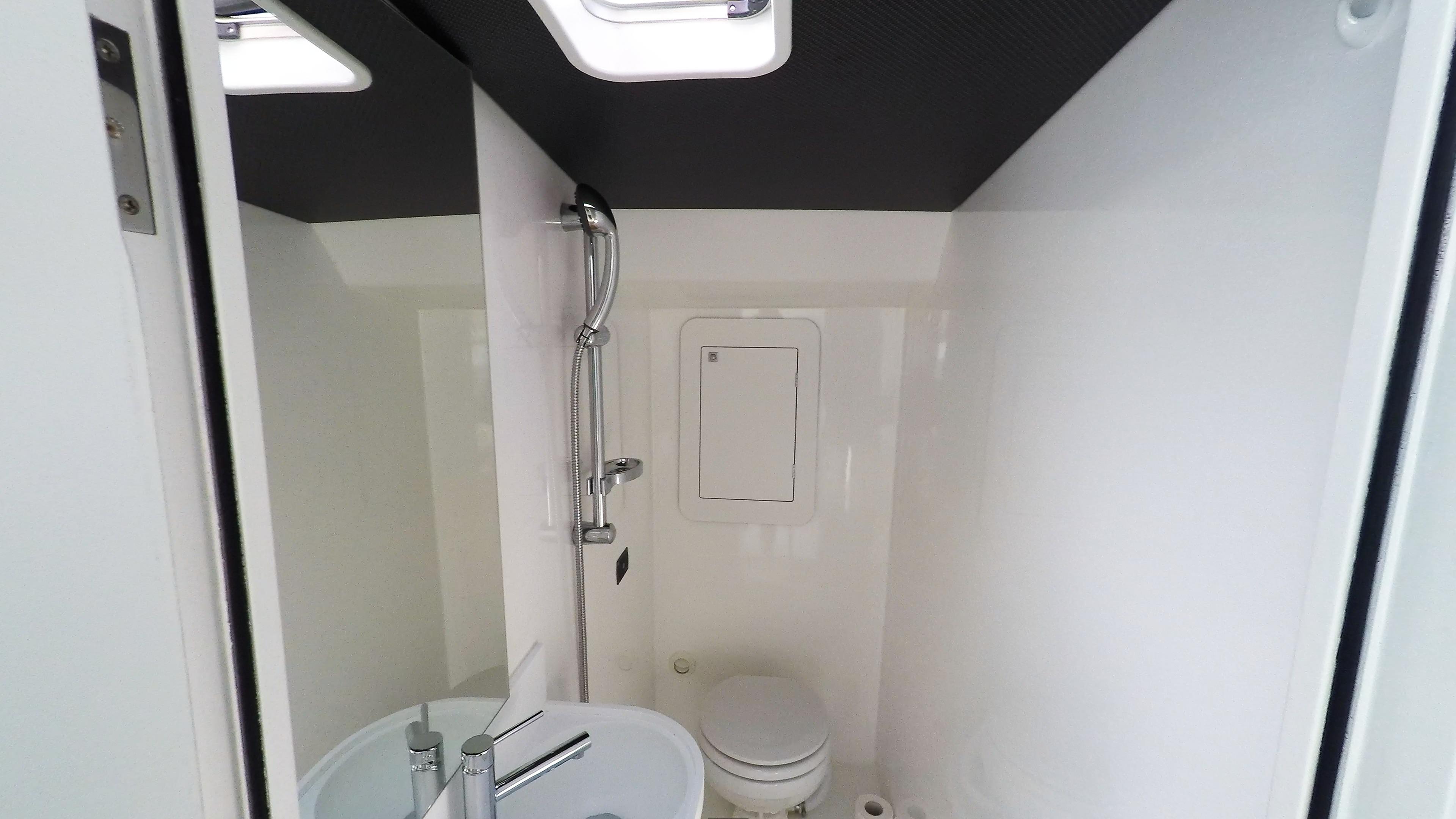 toilette neel 45 barca a vela 1