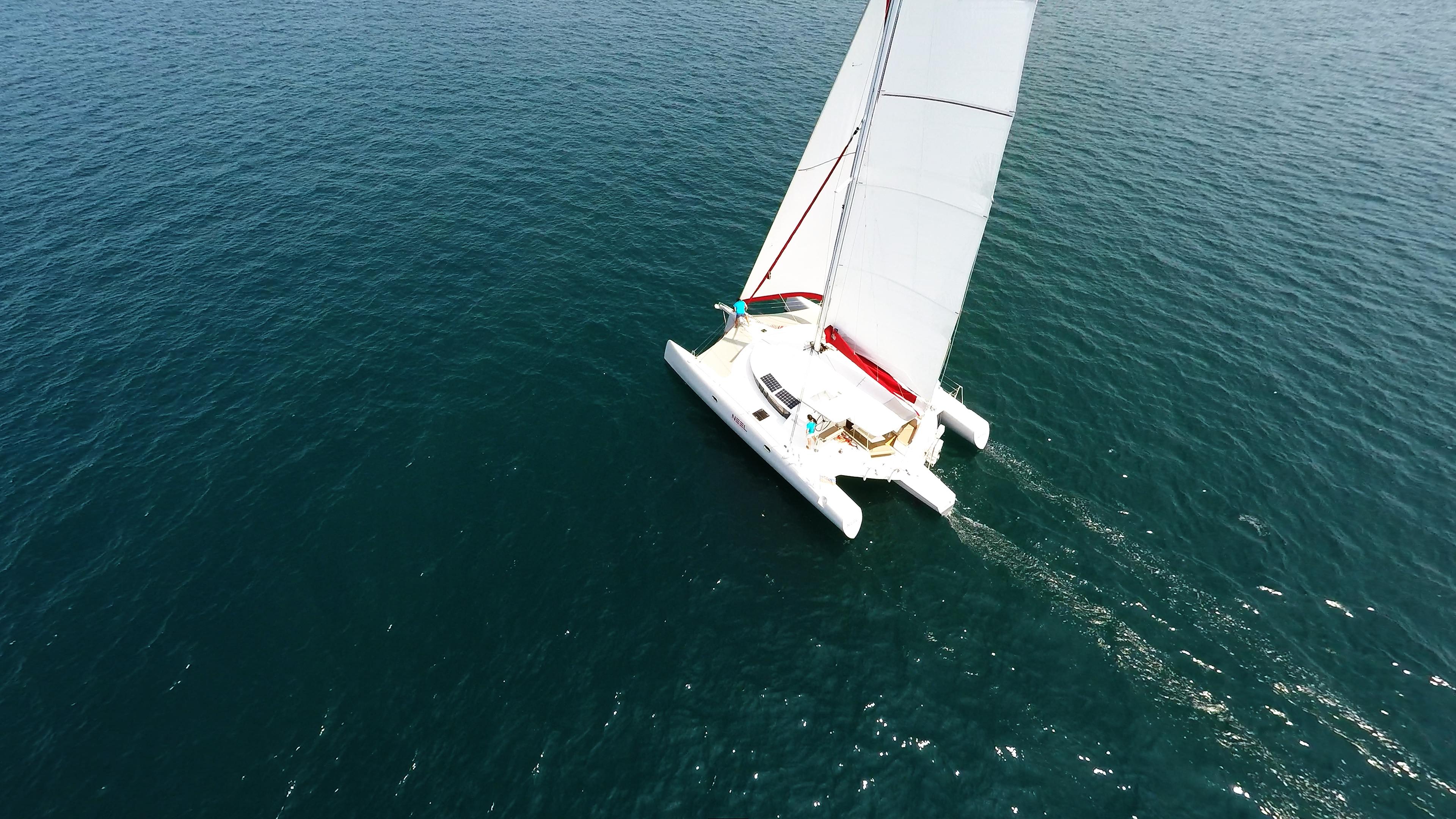 yachting multiscafo vela