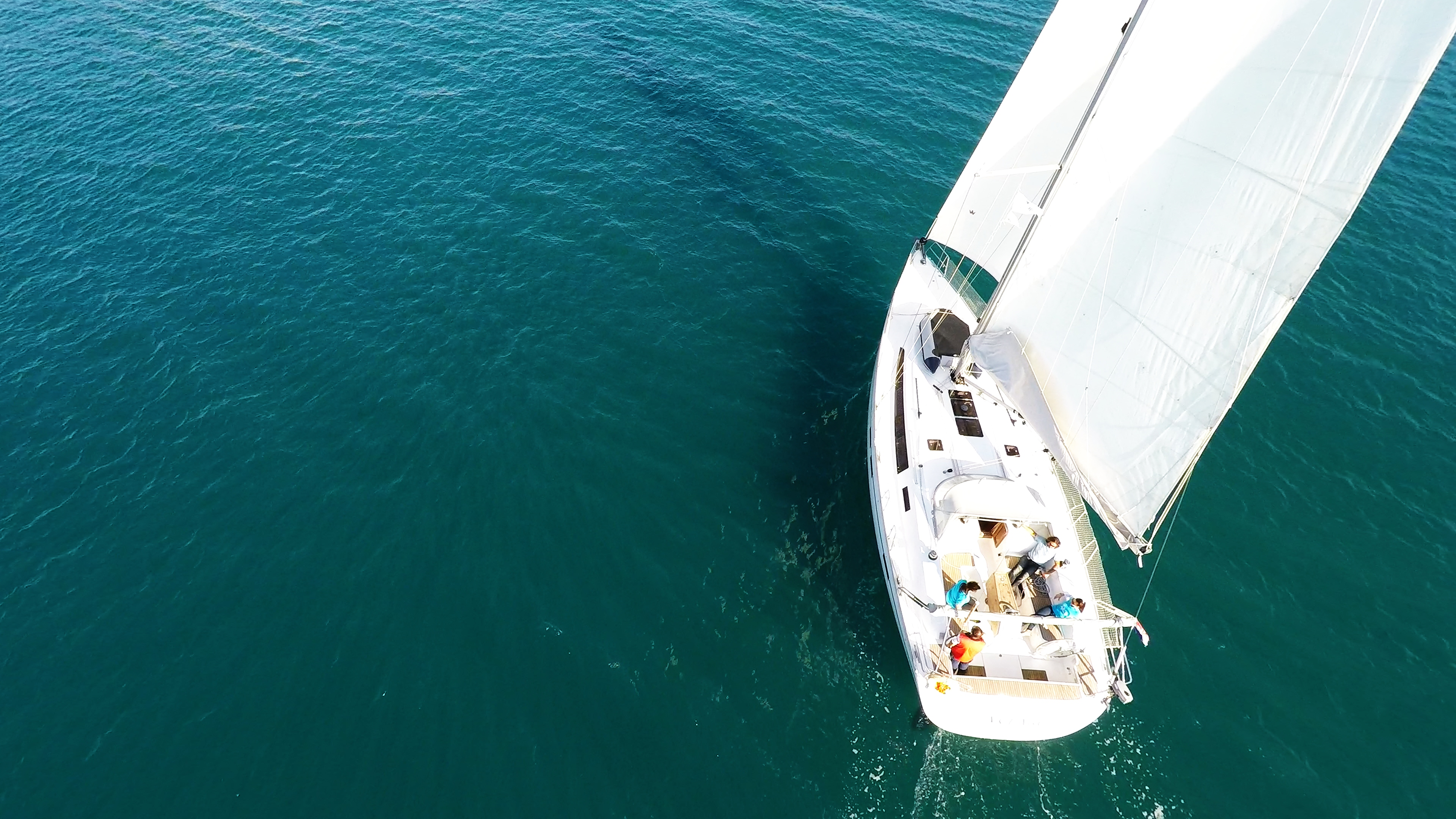barcha a vela bavaria 46 pozzetto vele yacht a vela randa