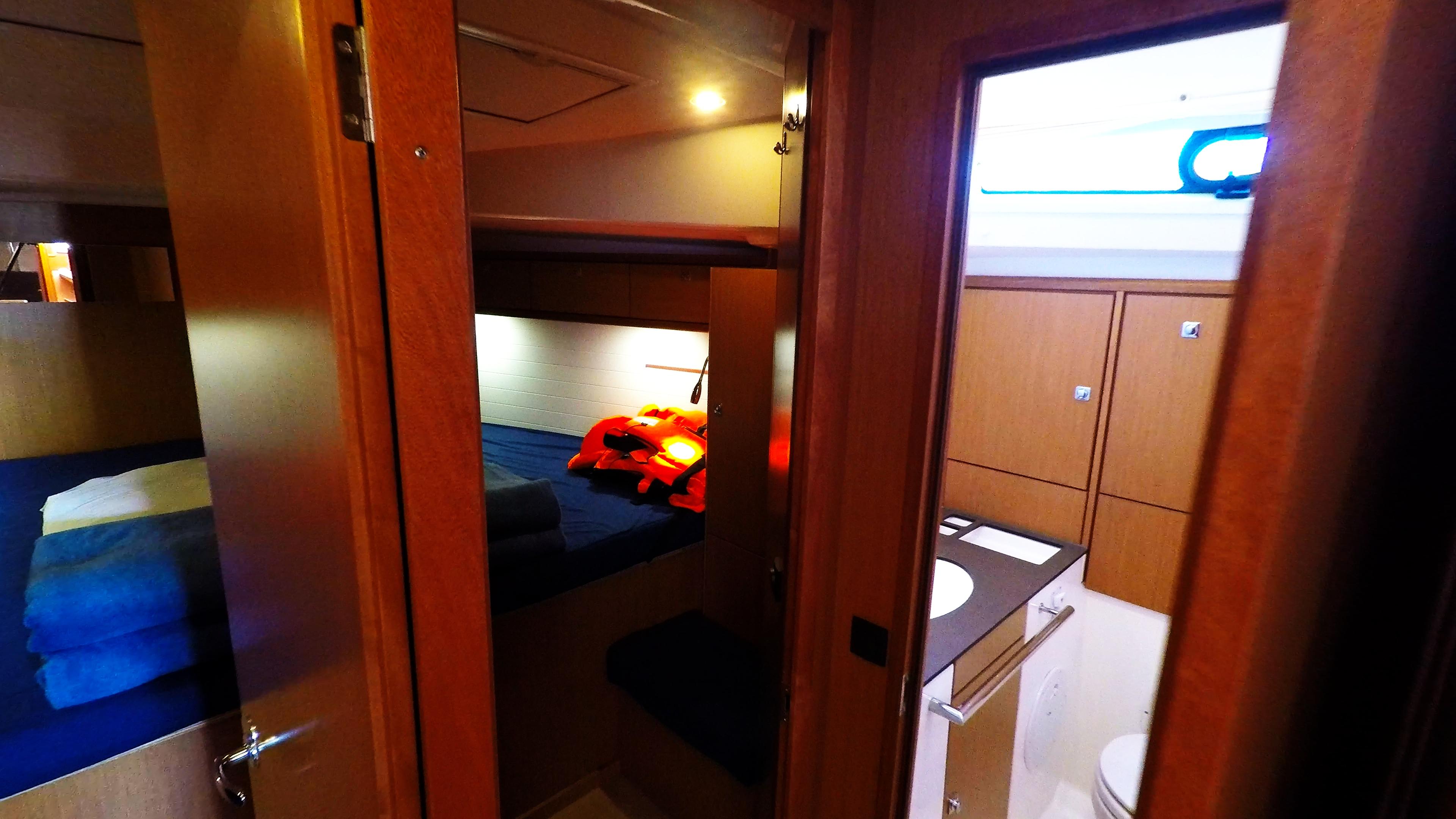 barcha a vela bavaria 46 cruiser cabine davanti interno gabinetto bagno yacht a vela