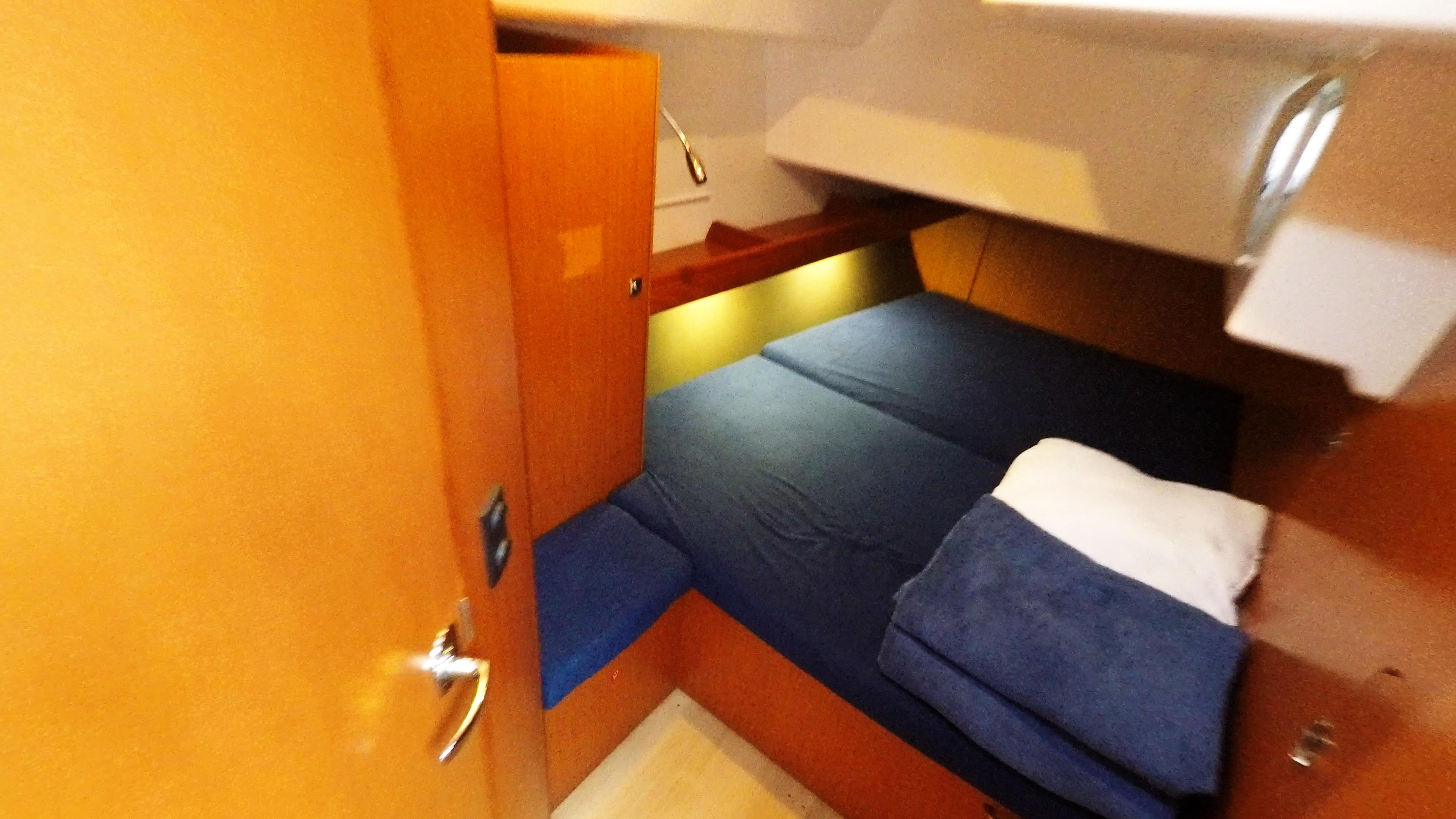 barcha a vela bavaria 46 cruiser yacht a vela interno indietro destra cabina