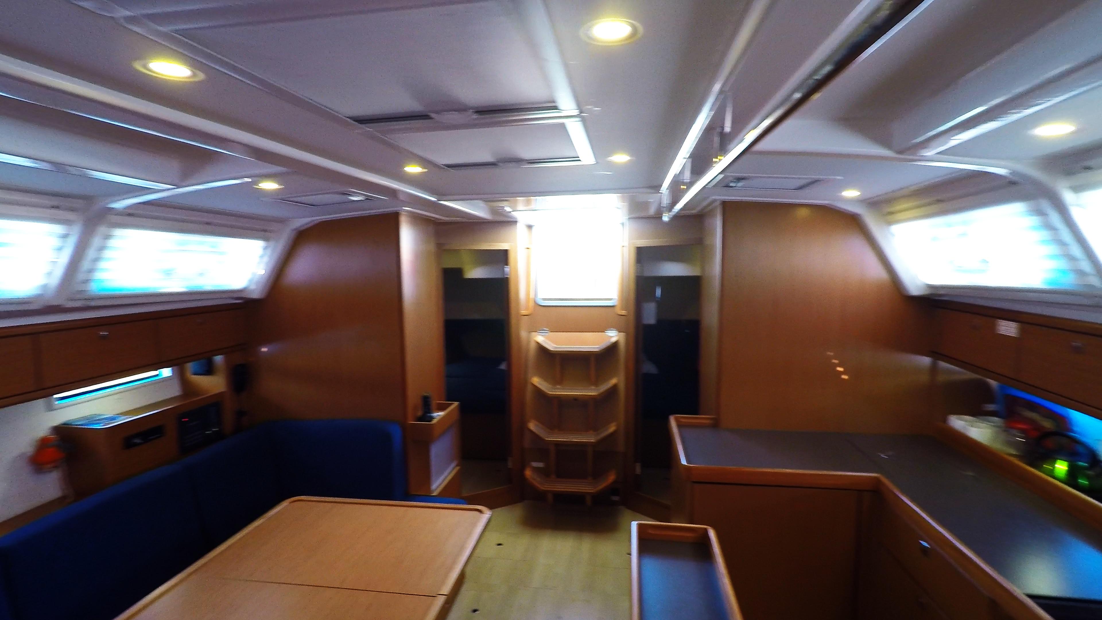 barcha a vela bavaria 46 cruiser yacht a vela interno salonee 5