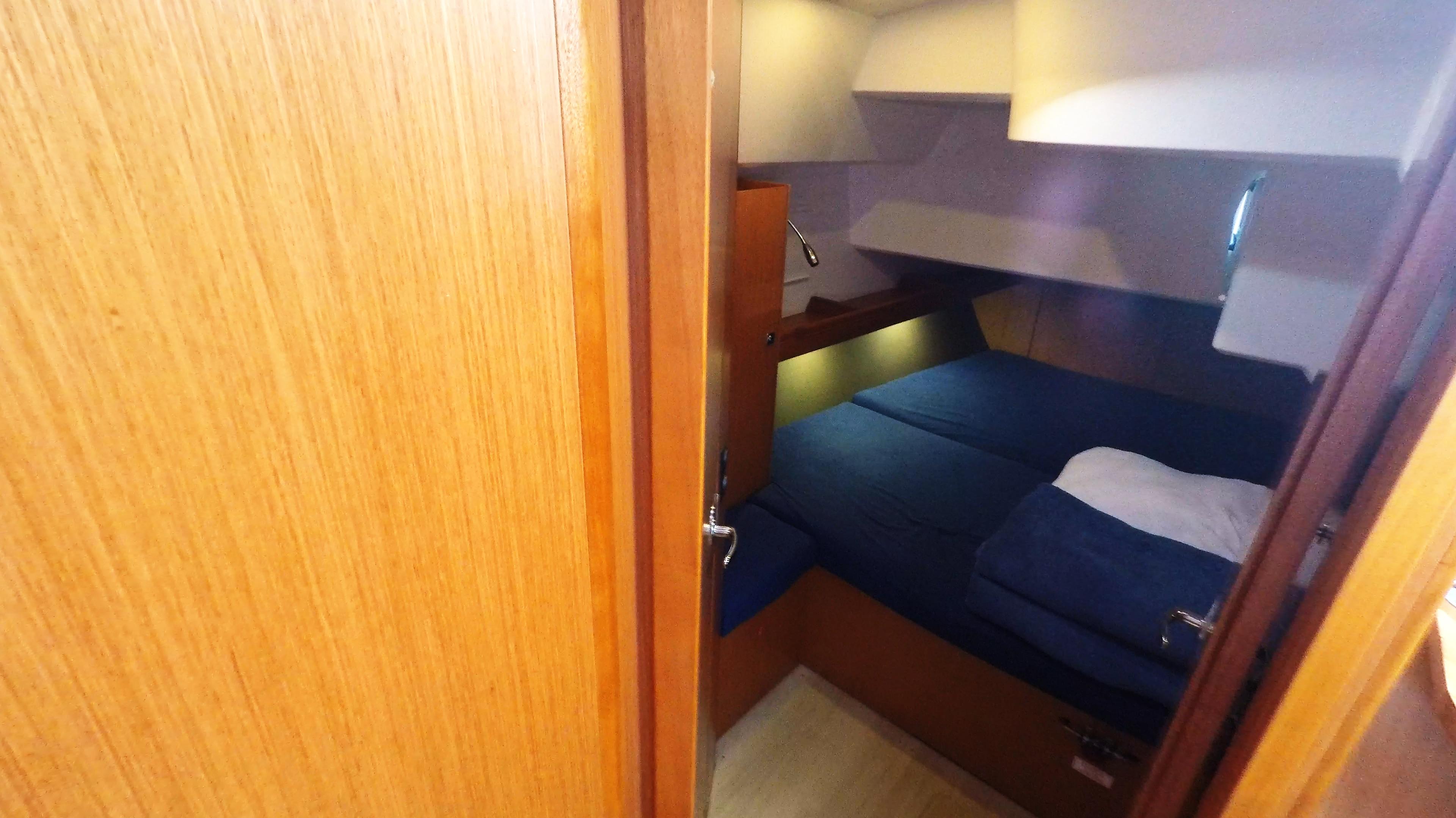 barcha a vela bavaria 46 cruiser yacht a vela interno cabina di poppa destra