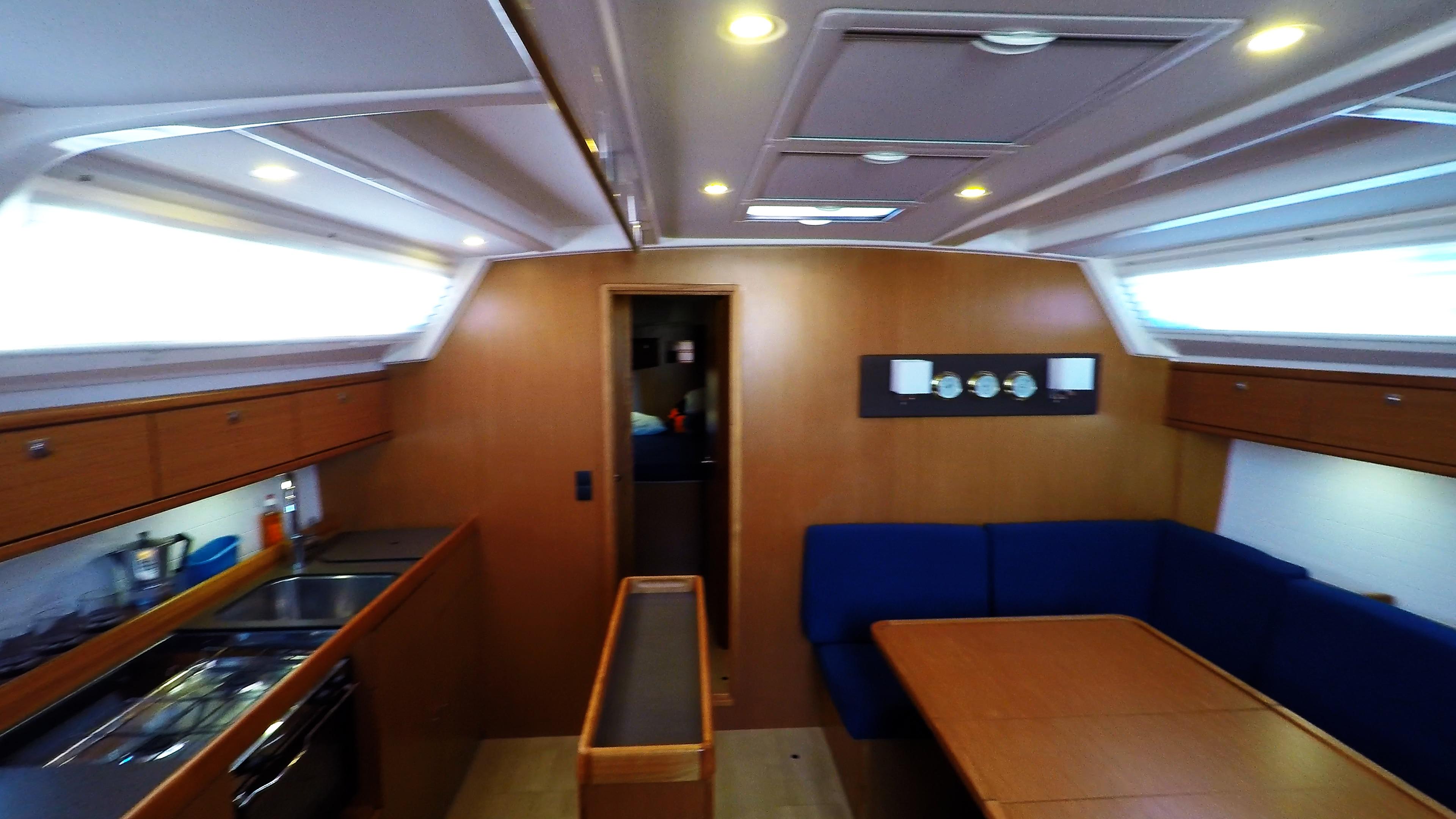 barcha a vela bavaria 46 cruiser yacht a vela salonee interno salonee 1
