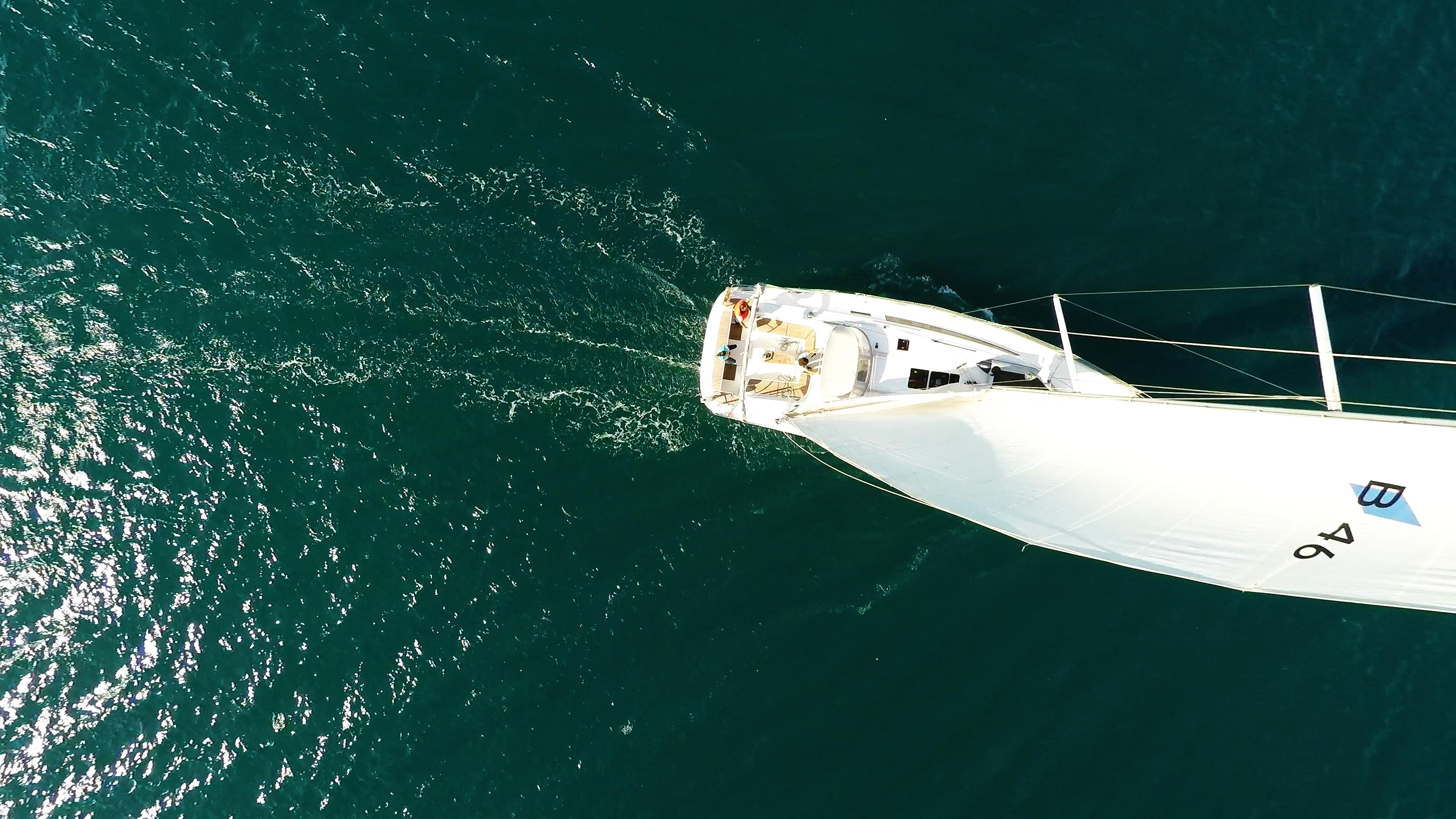 barcha a vela bavaria 46 randa pozzetto yacht a vela