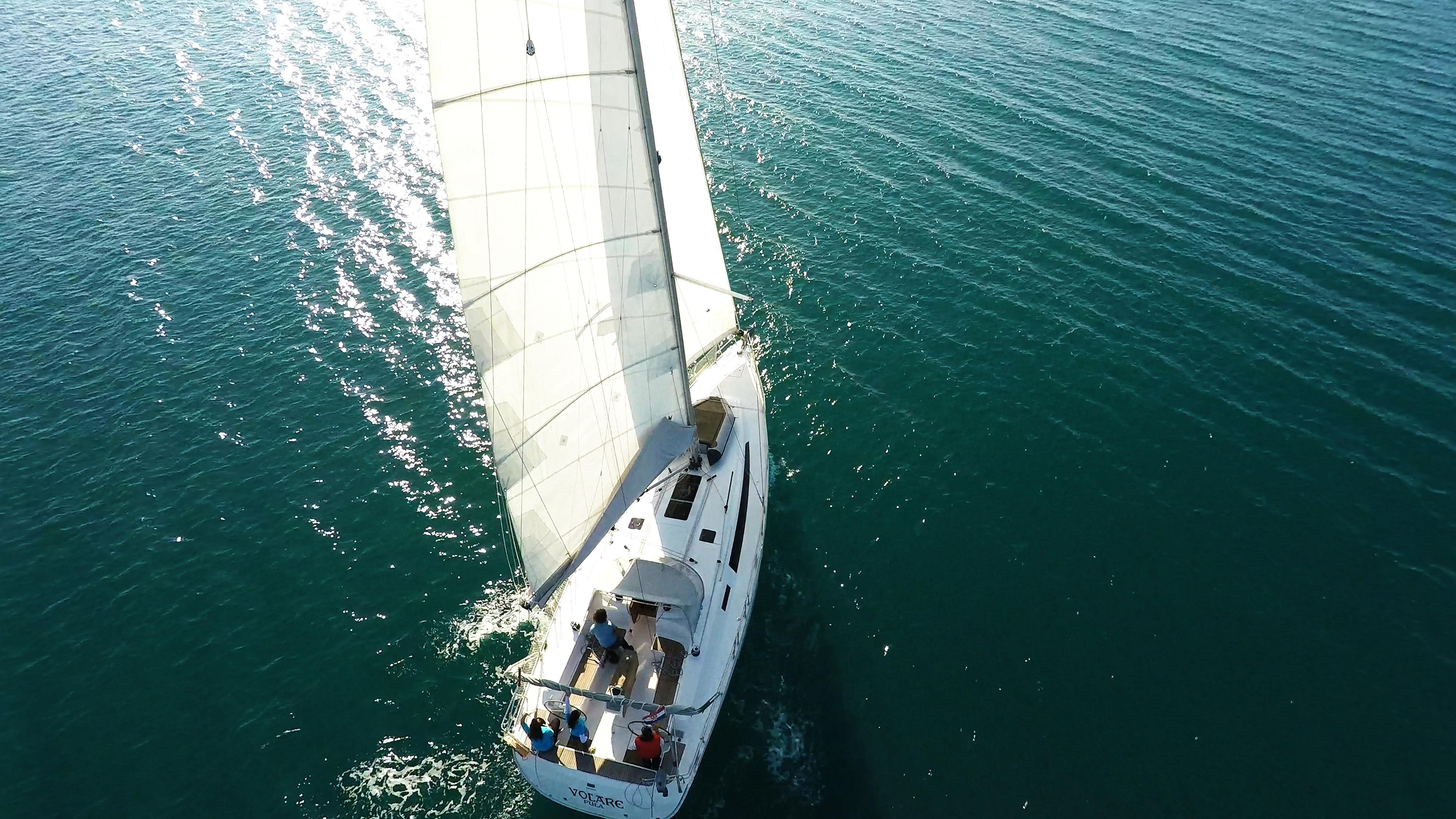 barcha a vela bavaria 46 barca a vela ponte teak pozzetto vele