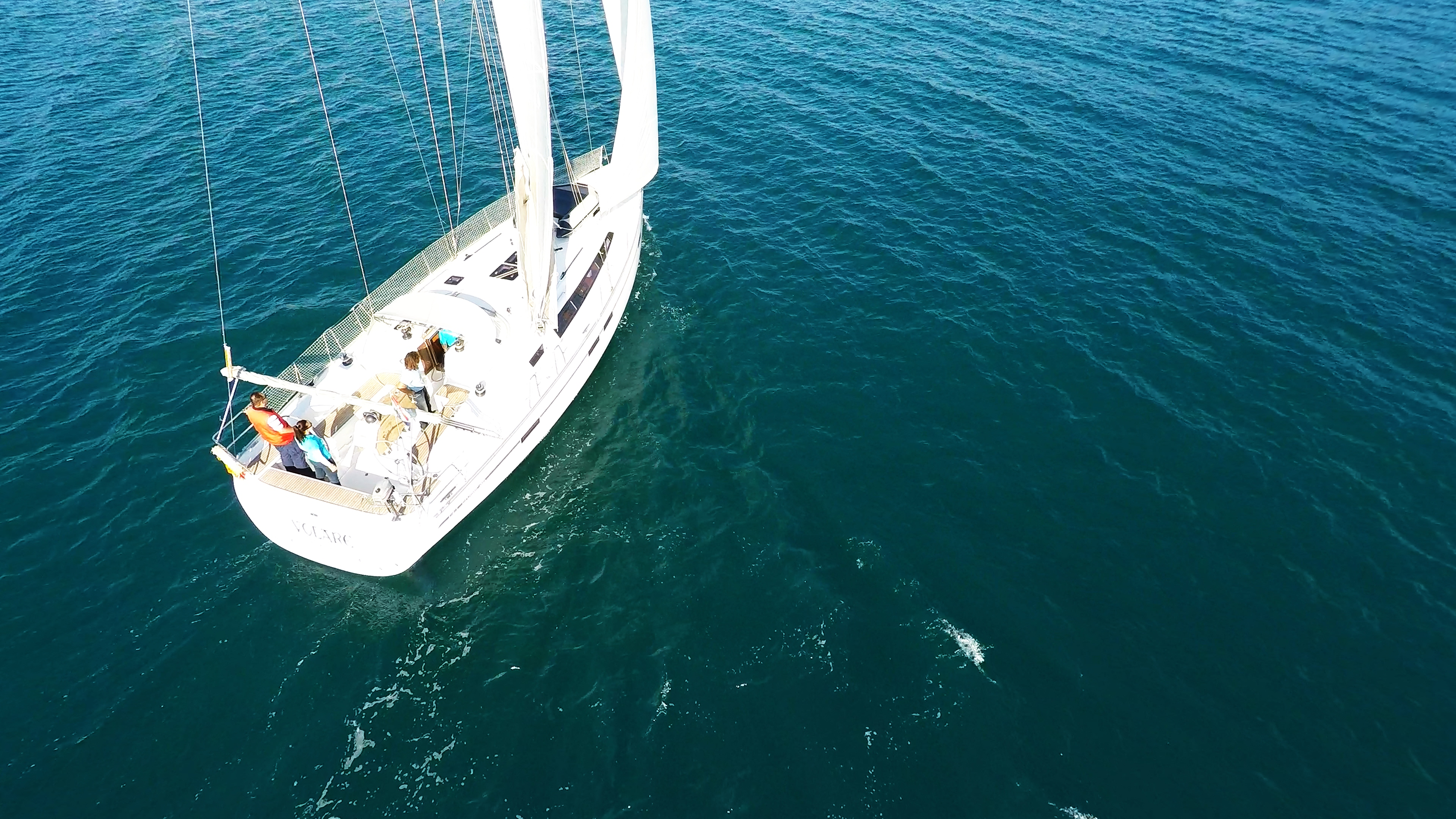 barcha a vela bavaria 46 yacht a vela pozzetto timoni ruota vele