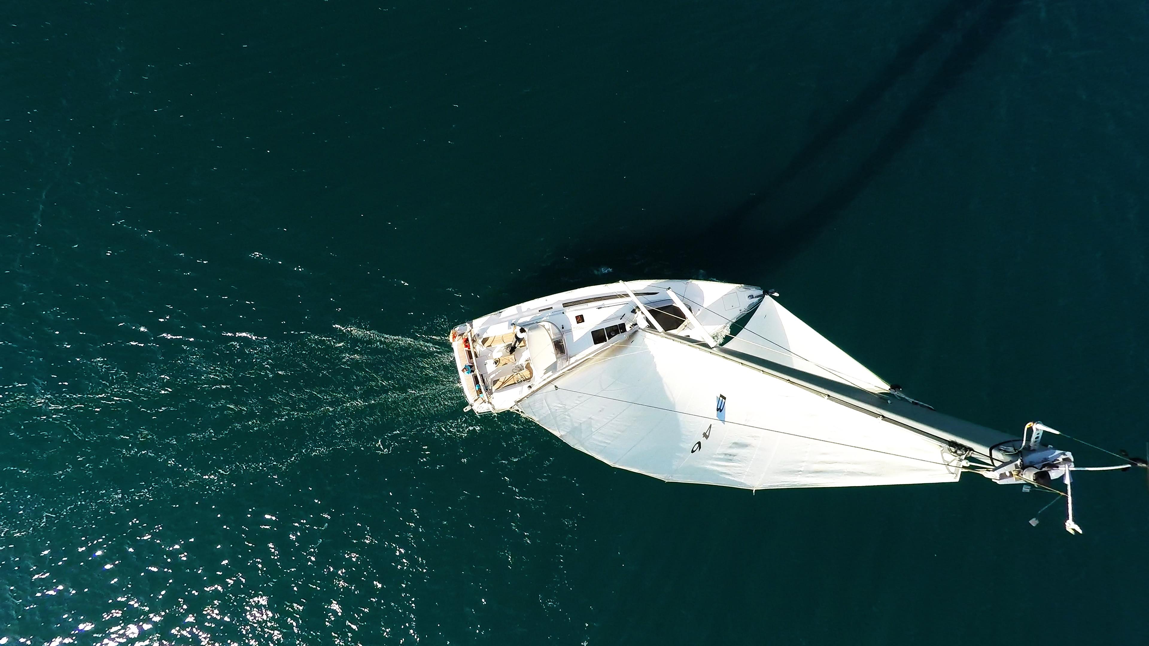 barcha a vela bavaria 46 yacht veleggiare barca a vela albero