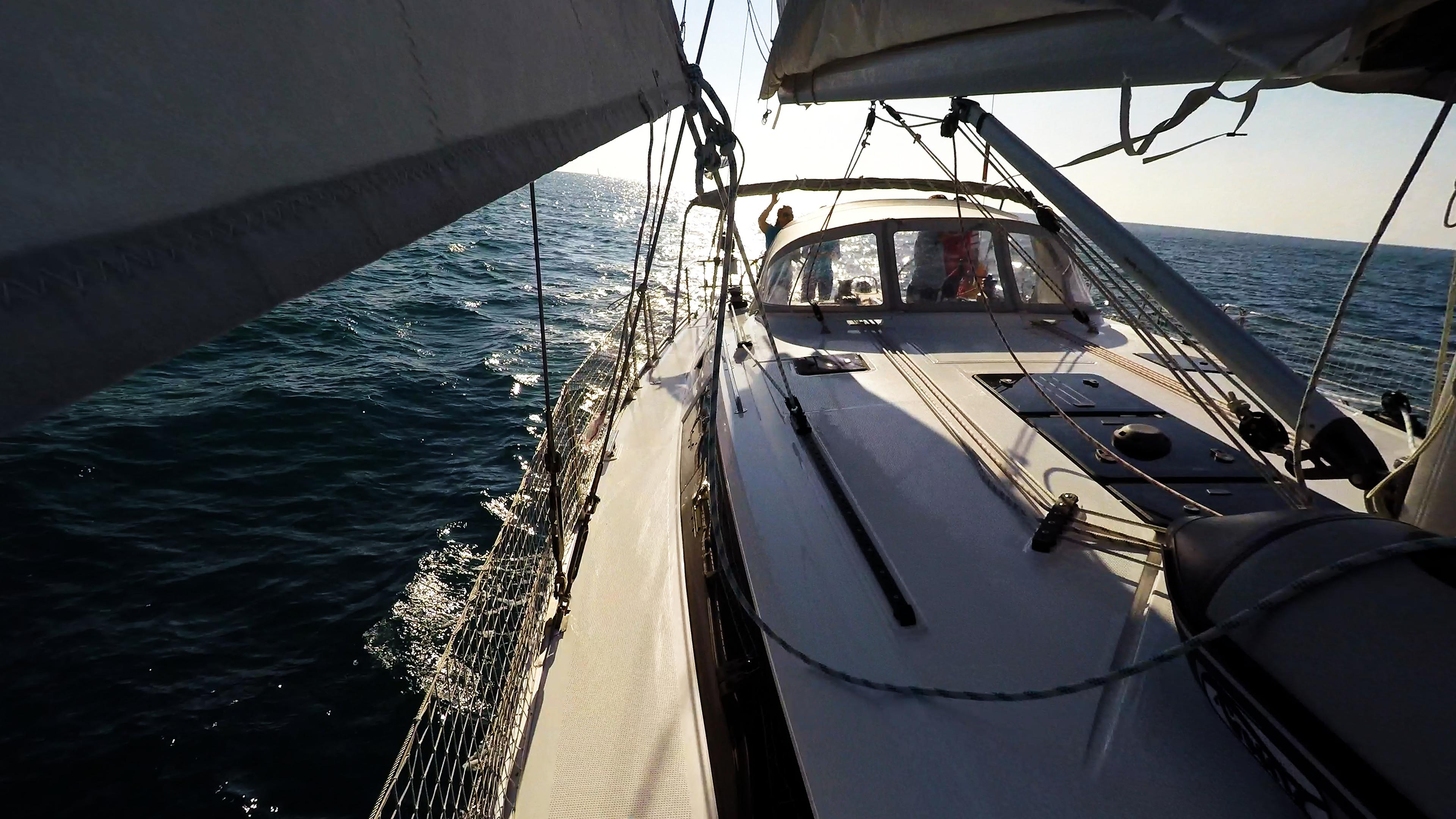 barcha a vela ponte barca a vela sotto le vele yacht a vela